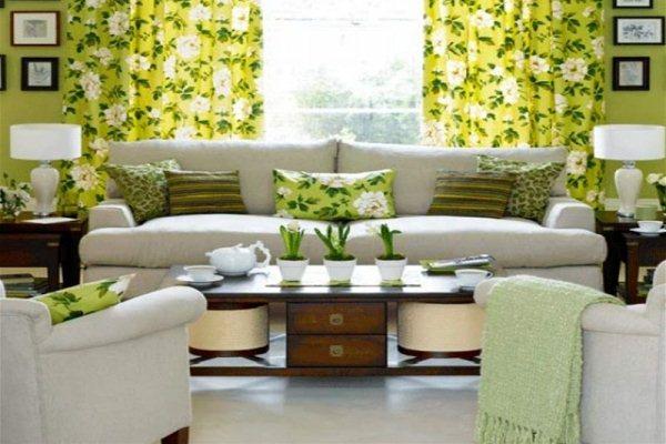 текстиль гостиной в цветочных мотивах