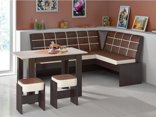 кухонный уголок в коричневых тонах