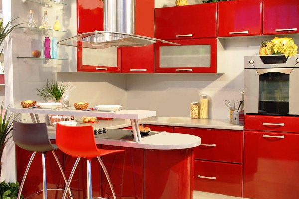 красные кухни фотогалерея