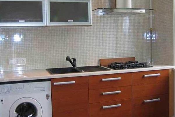 расположение на узкой кухне