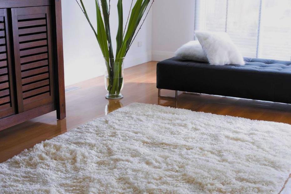 ковровое белое покрытие