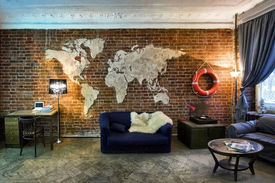 необычный декор стены гостиной